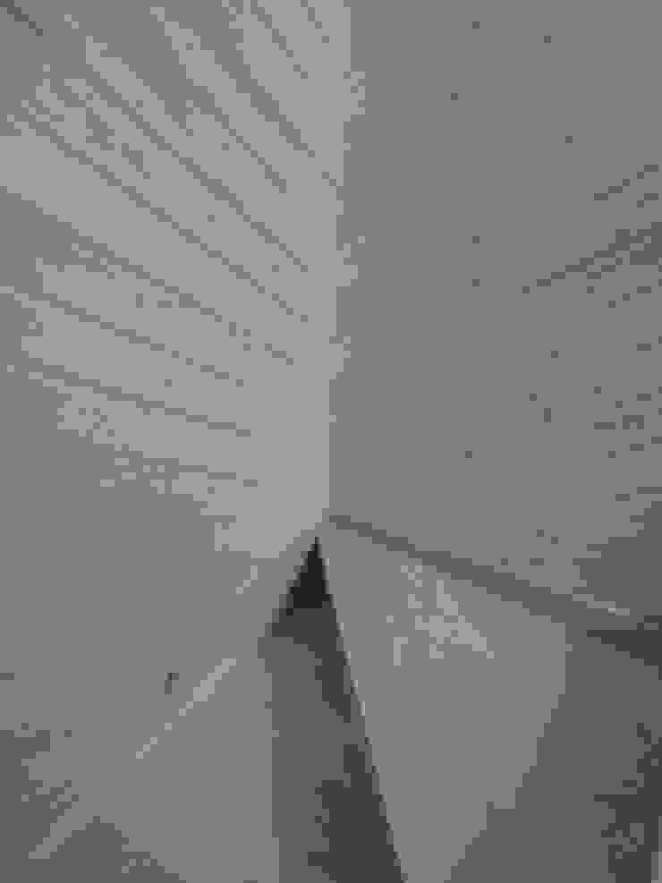 Pedro de Almeida Carvalho, Arquitecto, Lda Stairs Wood Brown