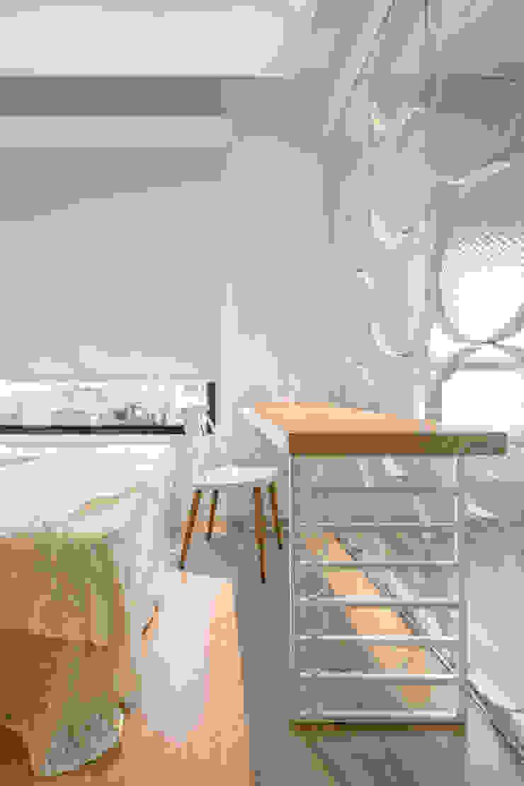 Skandinavische Arbeitszimmer von 磨設計 Skandinavisch