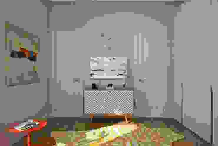 Dormitorios infantiles de estilo escandinavo de Дизайн студия Алёны Чекалиной Escandinavo