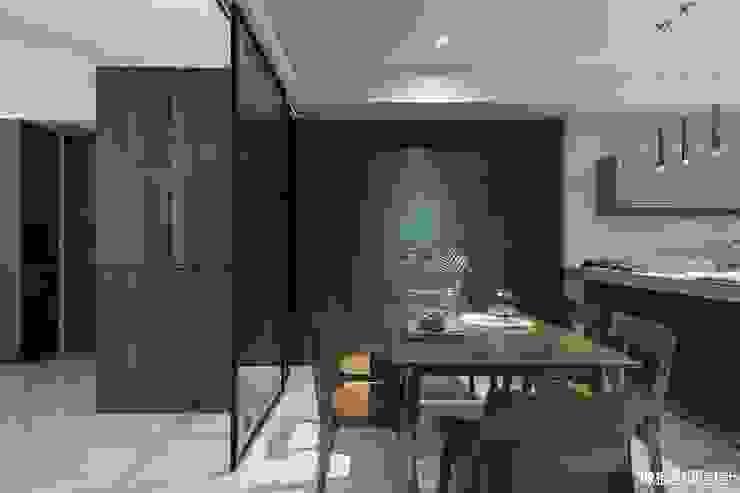 Minimalist dining room by 橡樹設計Oak Design Minimalist