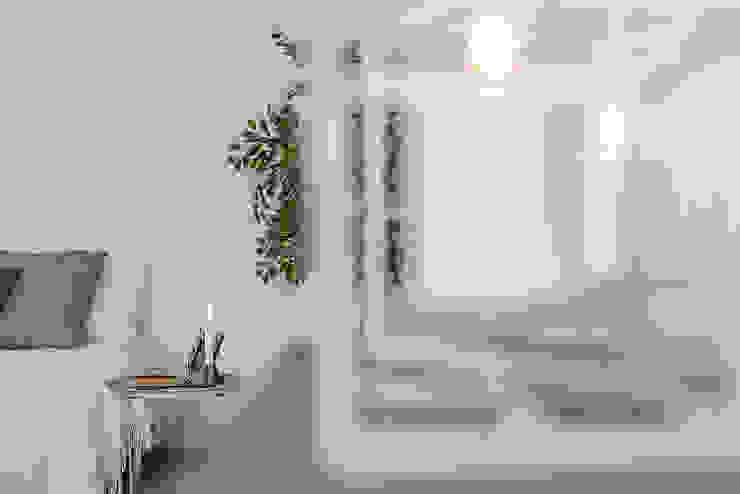 Habitat Home Staging & Photography ห้องนั่งเล่นของตกแต่งและอุปกรณ์จิปาถะ