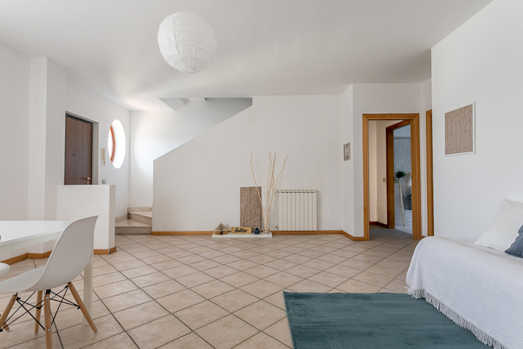 Habitat Home Staging & Photography ห้องนั่งเล่นของตกแต่งและอุปกรณ์จิปาถะ White