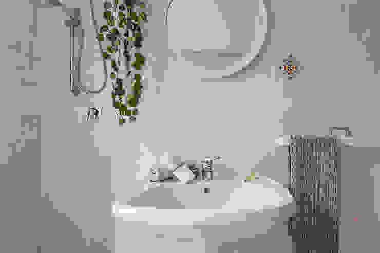 Habitat Home Staging & Photography ห้องน้ำซิงก์