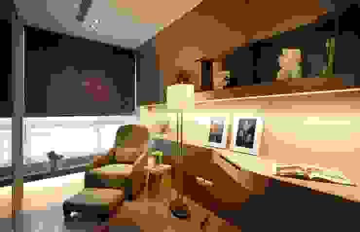 Modern study/office by 沐光植境設計事業 Modern Iron/Steel