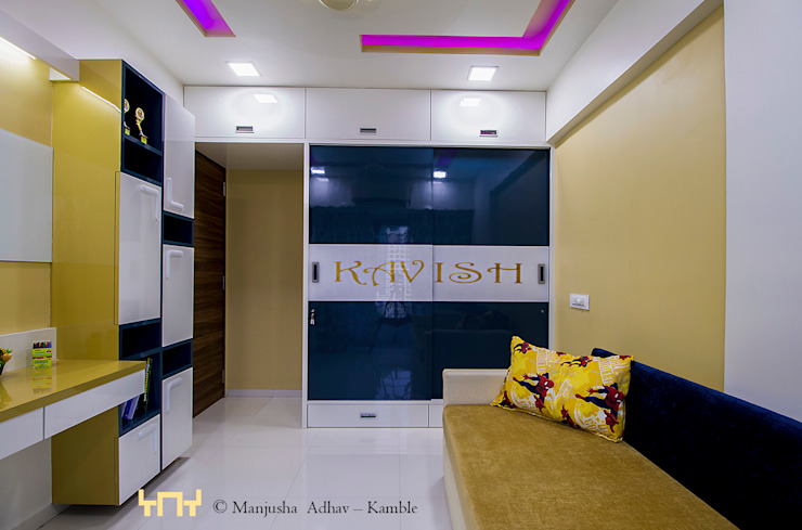 3BHK Apartment: minimalist  by solids and voids,Minimalist