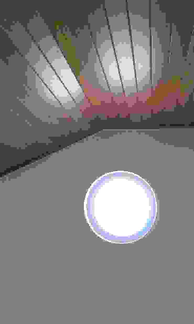 Pedro de Almeida Carvalho, Arquitecto, Lda 階段 木 ブラウン