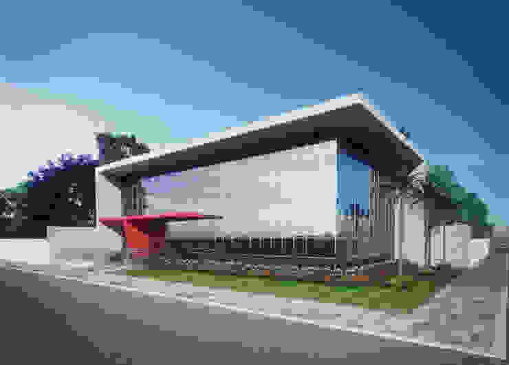 Edificação Comercial - Perspectiva 01 por Marcos Assmar Arquitetura | Paisagismo