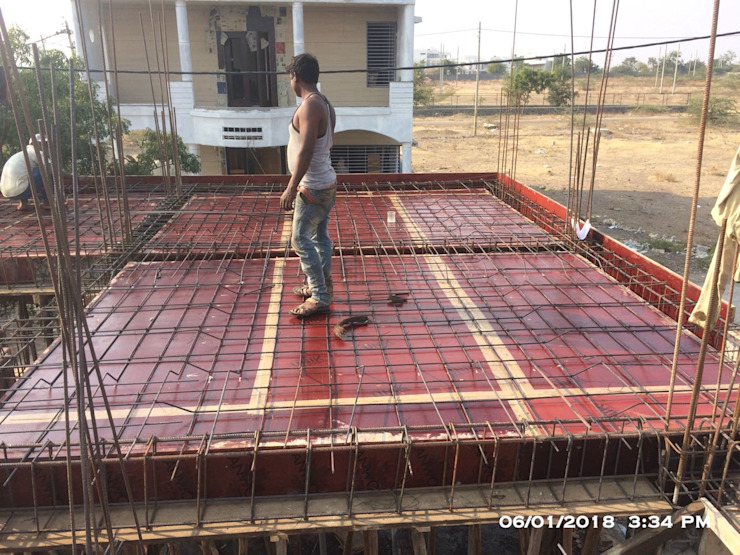 Slab & Beam Shuttering and Reinforcement by Cfolios Design And Construction Solutions Pvt Ltd Modern