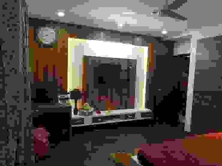SPACEEDGE INTERIOR Modern style bedroom by SpaceedgeInterior Modern
