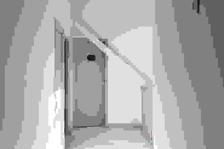 Modern Koridor, Hol & Merdivenler Villeroy & Boch Modern