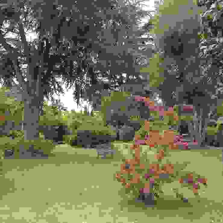Au dehors Studio. Architettura del Paesaggio 庭院