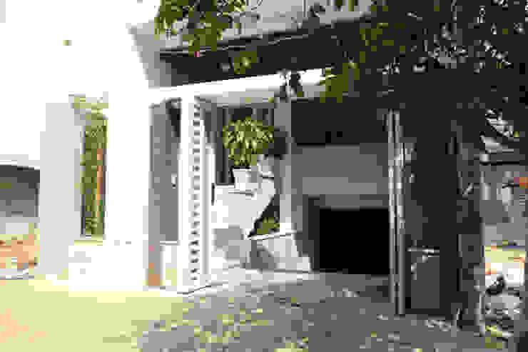 Puertas de estilo asiático de Công ty TNHH TK XD Song Phát Asiático Cobre/Bronce/Latón