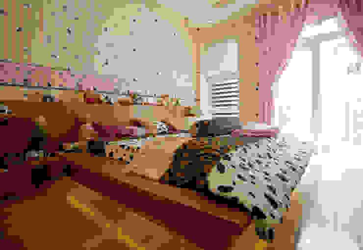 Dormitorios de estilo asiático de Công ty TNHH TK XD Song Phát Asiático Cobre/Bronce/Latón