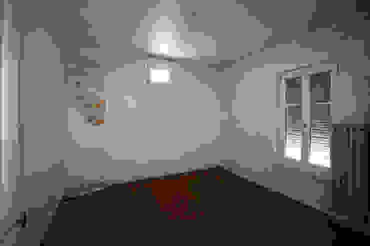 chambre avant démolition par Agence ADI-HOME Moderne