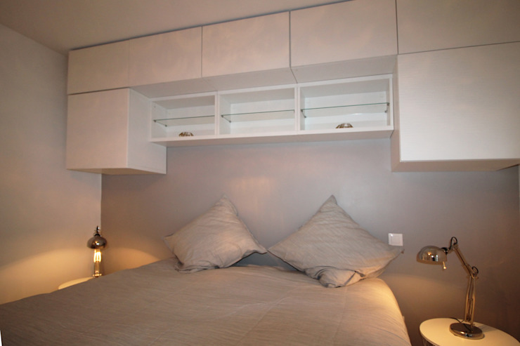 Modern style bedroom by Agence ADI-HOME Modern Wood-Plastic Composite