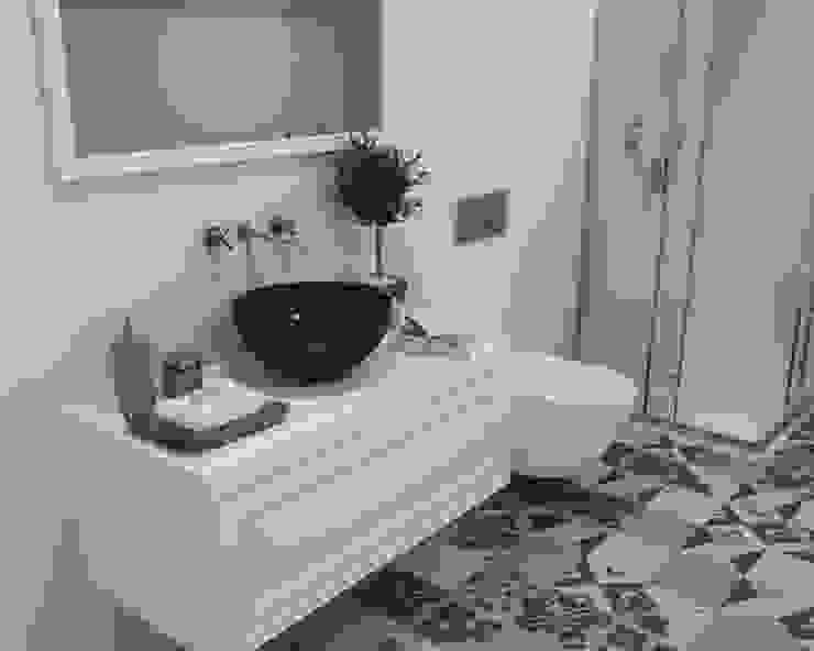 Baños de estilo ecléctico de Smile Bath S.A. Ecléctico