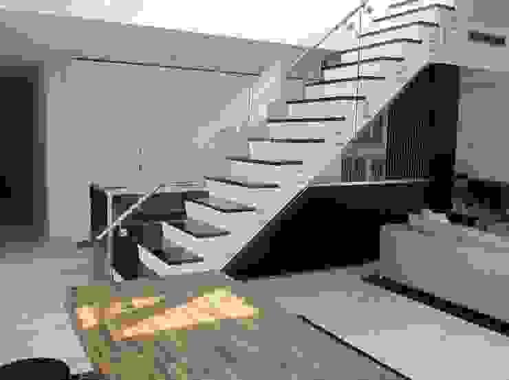 6' Eng White Oak Stairs by Shine Star Flooring Modern