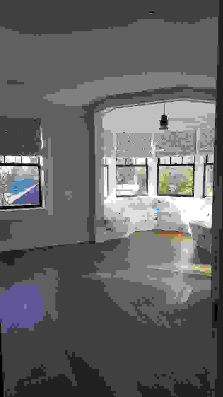 Pre-finished White Oak Modern Media Room by Shine Star Flooring Modern