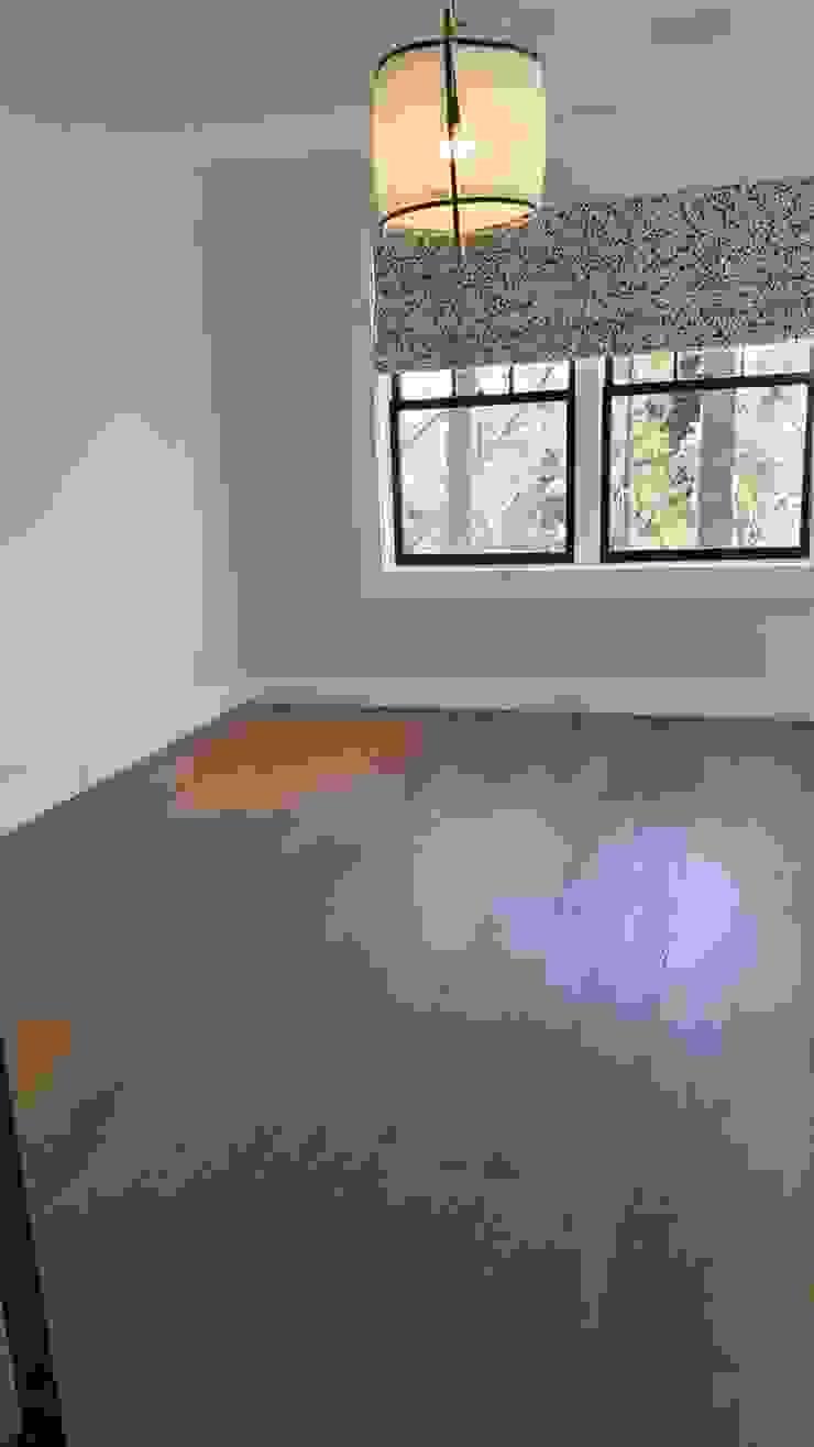 Pre-finished White Oak Modern Bedroom by Shine Star Flooring Modern