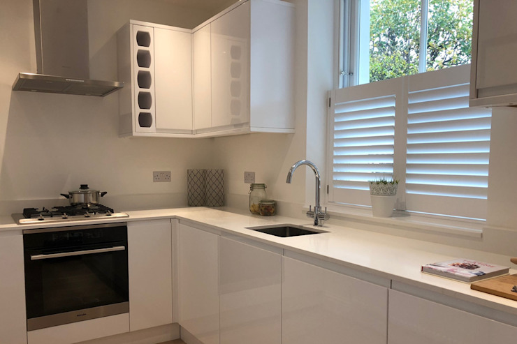 Cafe Style Shutters in the Kitchen Plantation Shutters Ltd KitchenAccessories & textiles Kayu White