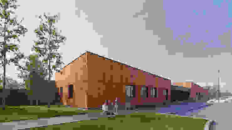 PL+sp. z o.o. Modern schools