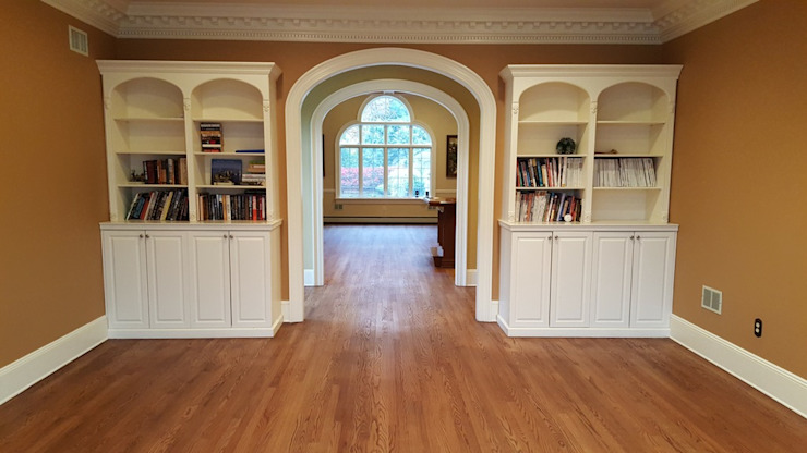 Red Oak with Rubio Monocoat finish Classic style corridor, hallway and stairs by Shine Star Flooring Classic