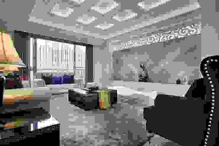 古典線板主牆以搭配天花方形鏤空層板 根據 雅和室內設計 古典風