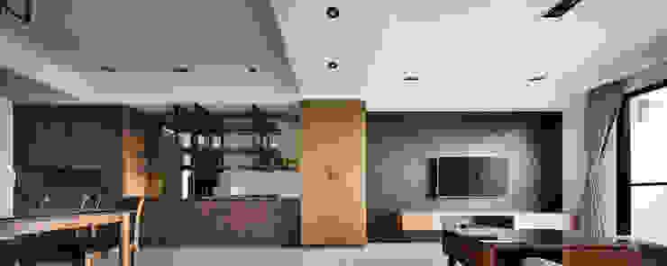 頭份詠森美居 黃公館 現代房屋設計點子、靈感 & 圖片 根據 築室室內設計 現代風
