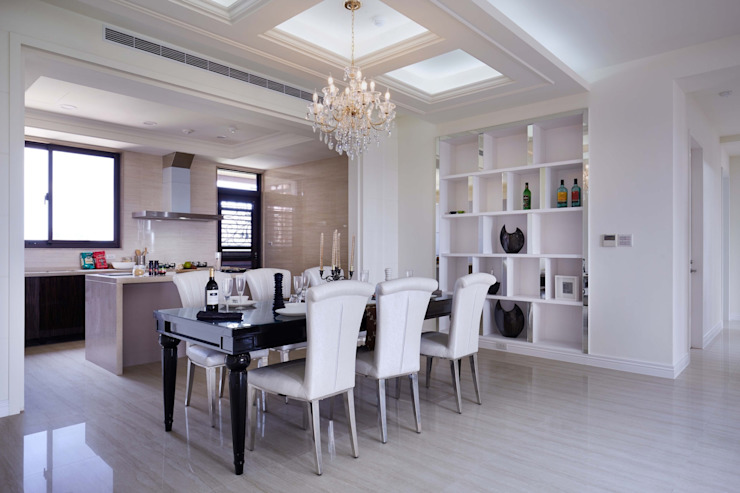 餐廳、廚房皆採開放式設計 根據 雅和室內設計 古典風