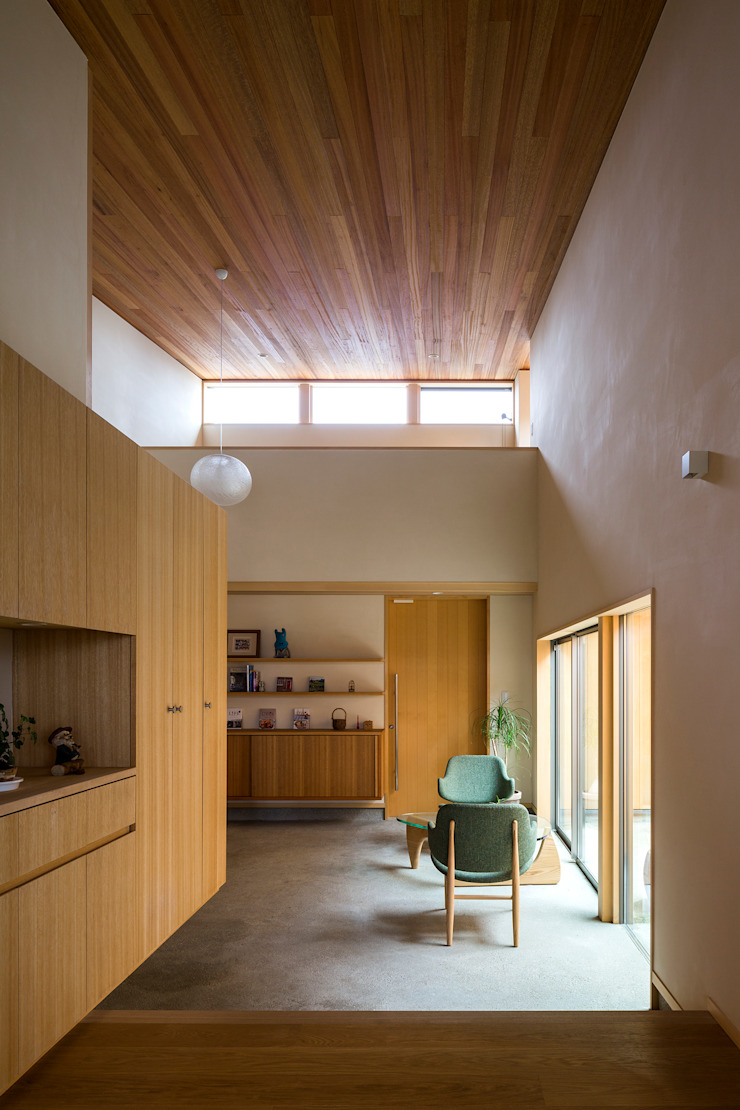 Eclectic style corridor, hallway & stairs by アトリエ慶野正司 ATELIER KEINO SHOJI ARCHITECTS Eclectic