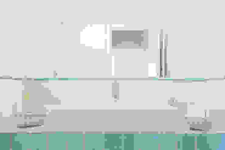 zero6studio - Studio Associato di Architettura Ванна кімнатаРаковини Білий