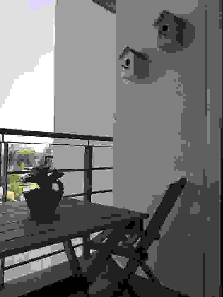 terraza, balcón de MIRIAM ESCOBEDO INTERIORISTA Moderno Madera Acabado en madera