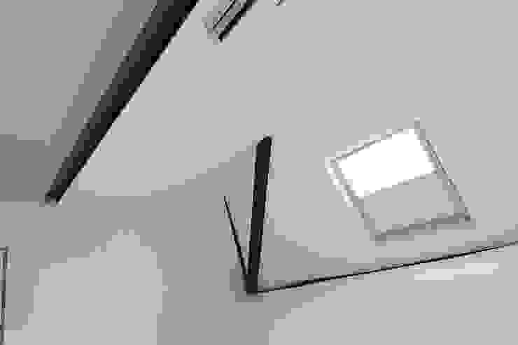 Dormitorios de estilo moderno de Laura Galli Architetto Moderno