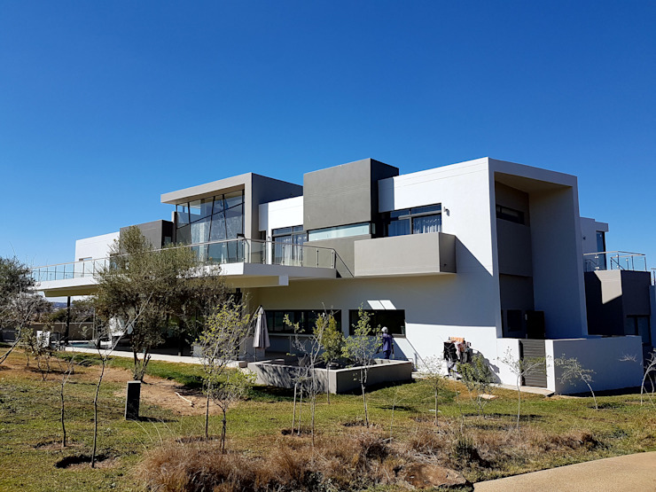 Steyn City Modern Terrace by AVR Architects Modern Bricks