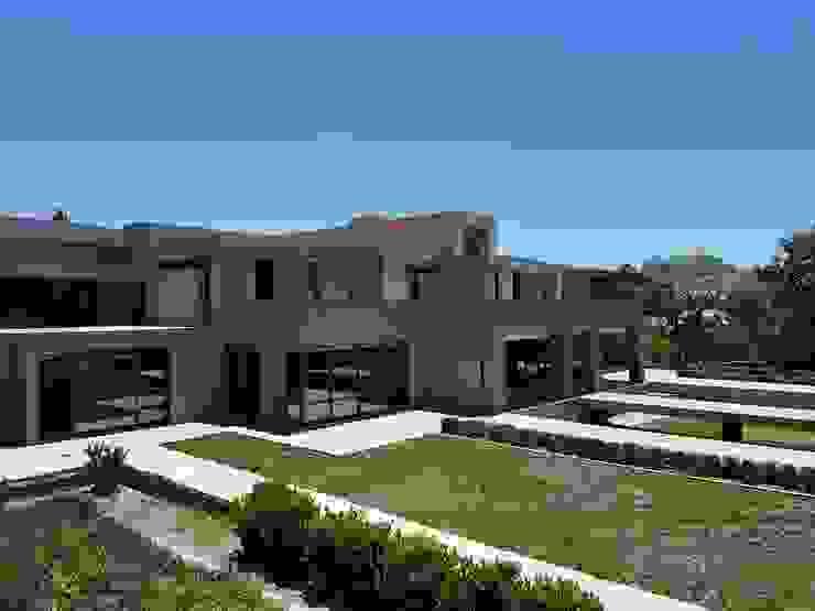 Sandhurst by AVR Architects Modern