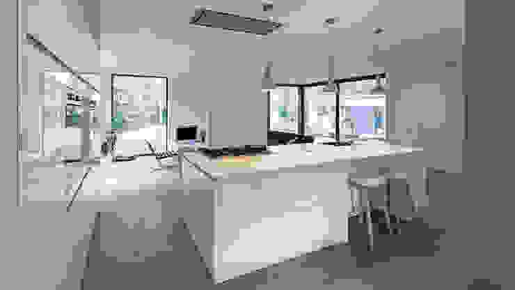 Cocinas de estilo moderno de CHORA architecten Moderno