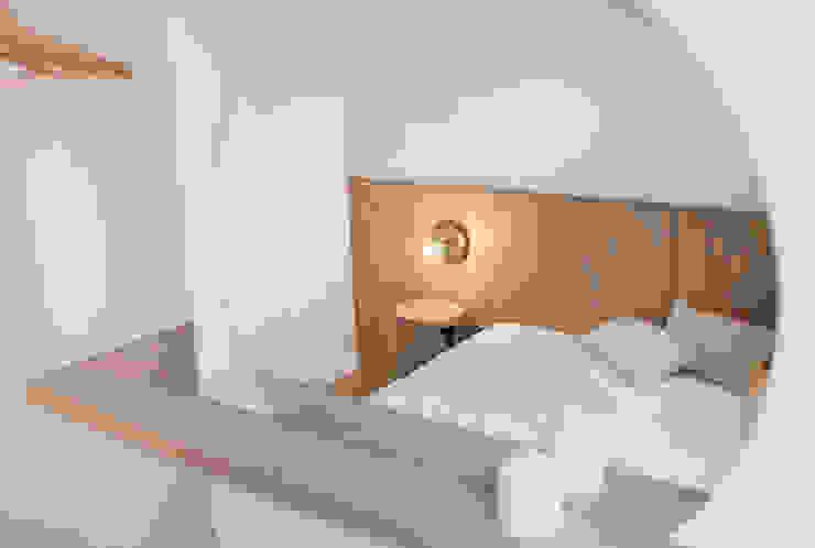 formativ. indywidualne projekty wnętrz Modern Bedroom White