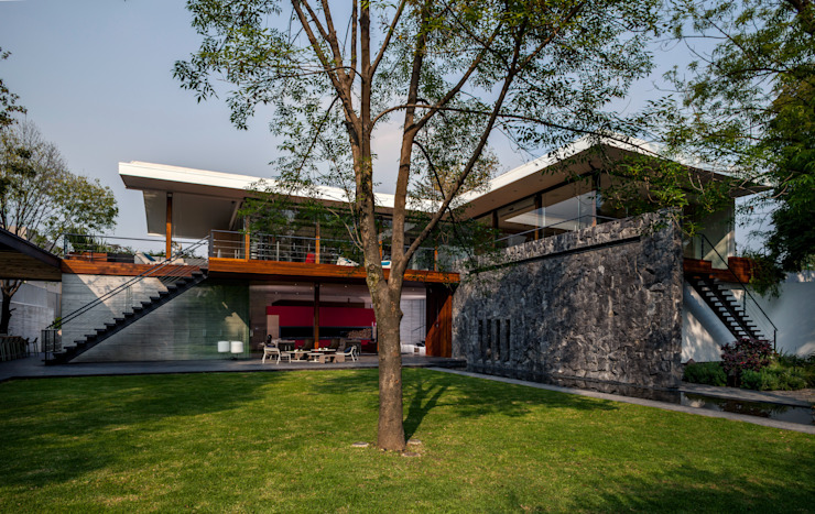 Single family home by Eduardo Gutiérrez Taller de Arquitectura