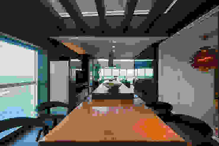 Aparatamento de Cobertura Varandas, alpendres e terraços modernos por Daniela Andrade Arquitetura Moderno