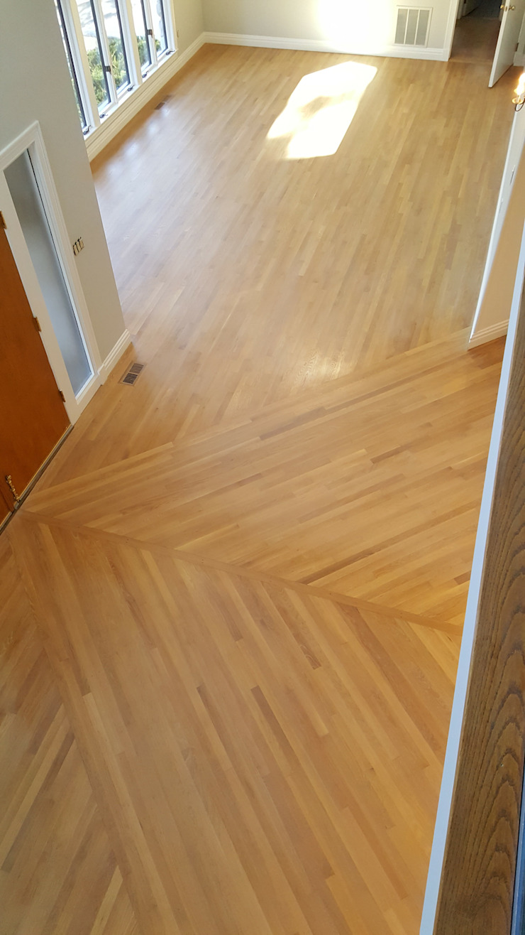 White Oak with Rubio Monocoat Natural Finish Classic style corridor, hallway and stairs by Shine Star Flooring Classic