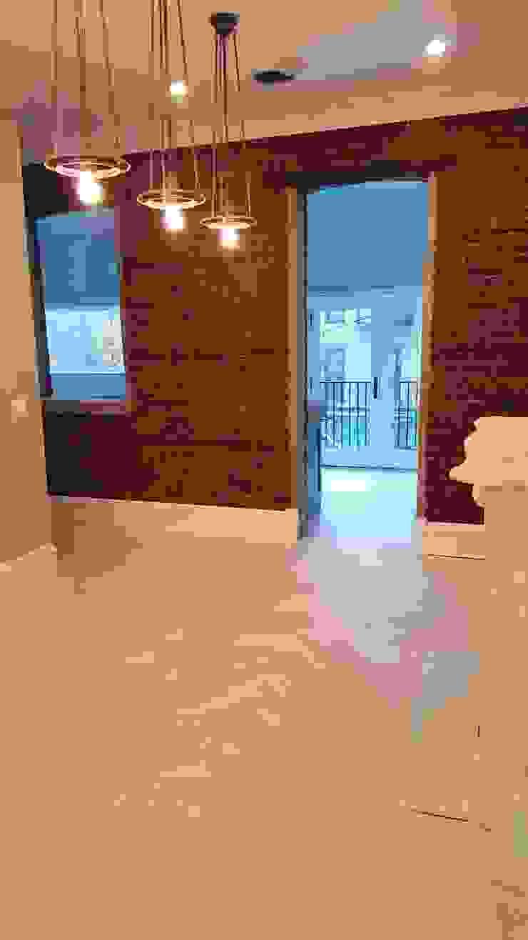 Shine Star Flooring Couloir, entrée, escaliers classiques