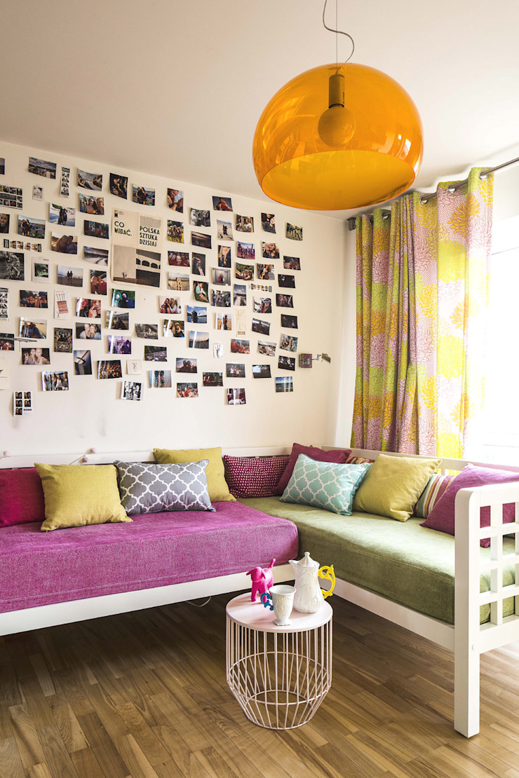 colourful apartment in Warsaw AFormA Architektura wnętrz Anna Fodemska Nursery/kid's room Multicolored