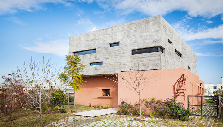 Speziale Linares arquitectos Single family home