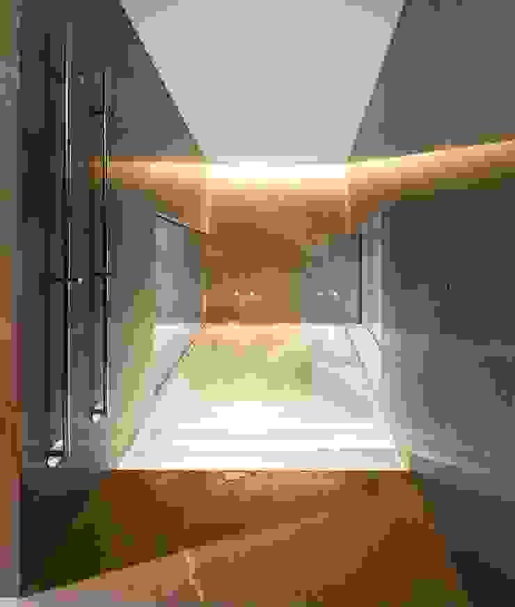 di AGi architects arquitectos y diseñadores en Madrid Moderno Marmo