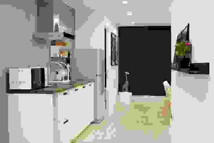 ปรับปรุงคอนโดเก่า ออกแบบตกแต่ง style modern Scandinavian โดย Glowingdesign
