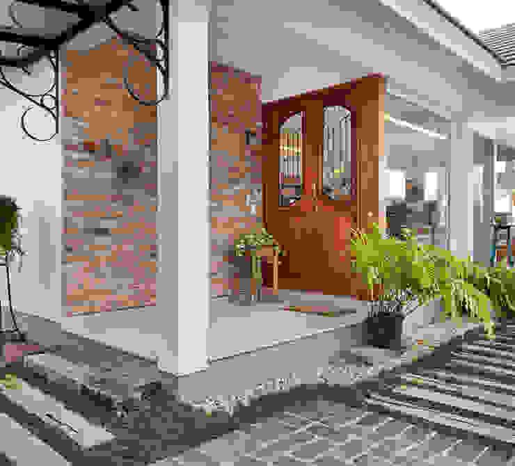 Maciel e Maira Arquitetos Front doors