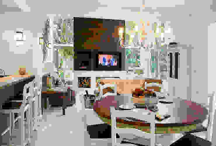 Ruang Keluarga Gaya Rustic Oleh Maciel e Maira Arquitetos Rustic