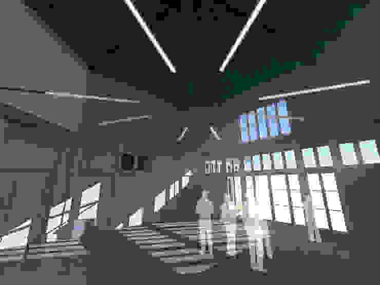 Pedro de Almeida Carvalho, Arquitecto, Lda クラシックデザインの 書斎 無垢材 白色