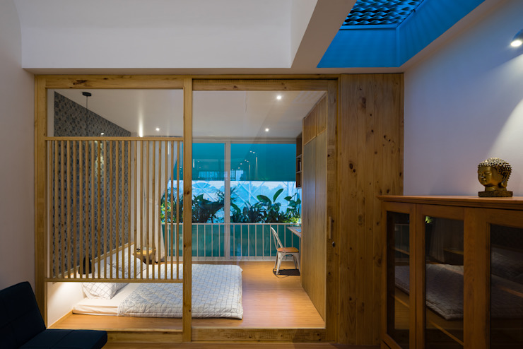 LESS house :  Phòng ngủ by workshop.ha,