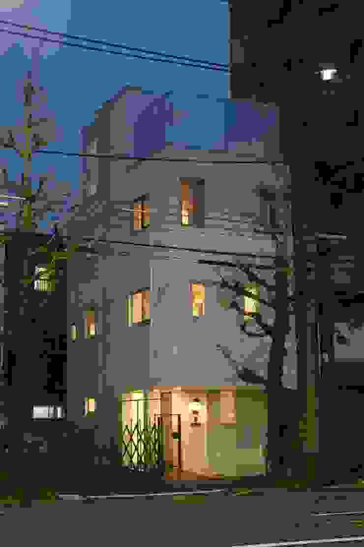 (有)中尾英己建築設計事務所 Rumah Modern